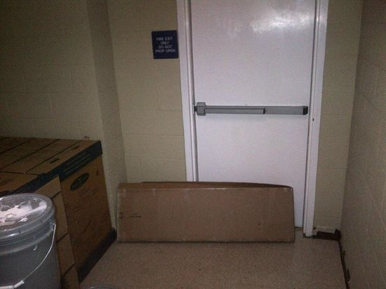 Microtel Inn & Suites by Wyndham Duncan/Spartanburg: cardboard box blocking first foor fire exit