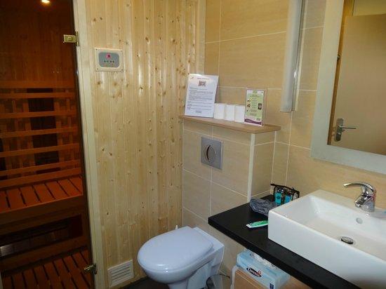 center parcs les hauts de bruyeres salle de bain avec sauna - Salle De Bain Avec Sauna