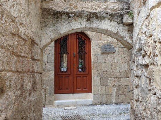 Camelot hotel: Camelot Front Door