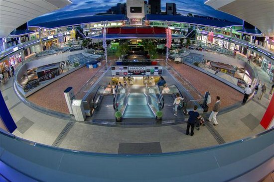 An island of two halves travel guide on tripadvisor - Centro comercial del mueble tenerife ...