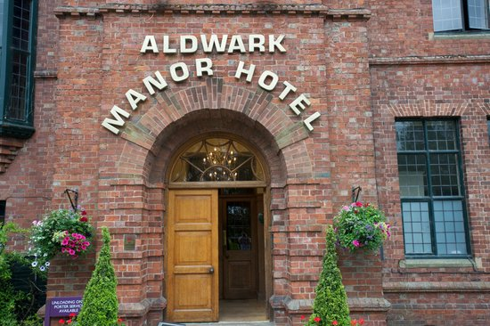 Aldwark United Kingdom  city photos gallery : ... KNOW WHAT THIS IS Picture of Aldwark Manor Golf & Spa Hotel, Aldwark