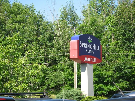 SpringHill Suites Danbury: front of hotel
