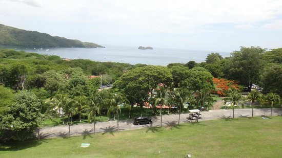 Villas Sol Hotel & Beach Resort: The grounds of the hotel