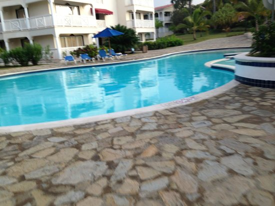 The Tropical at Lifestyle Holidays Vacation Resort: Back Pool