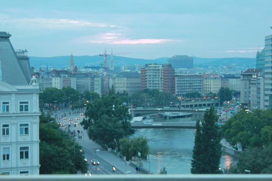 Adagio Vienna City: view from the terrace..early morning