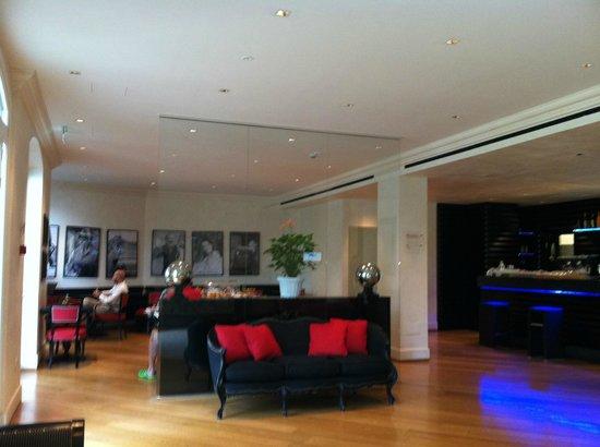 Siri Hotel : Reception