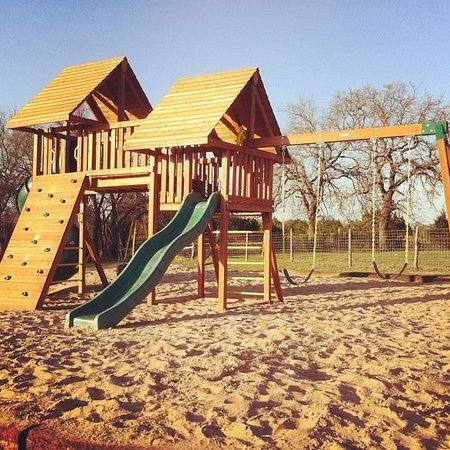 The Hideaway Ranch & Retreat: The wonderful playground for the kids!!