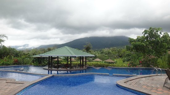 Arenal Manoa Hotel: The cold water pool