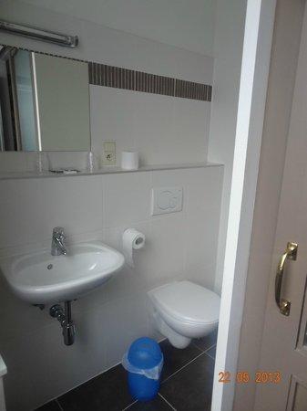 Central: Bathroom