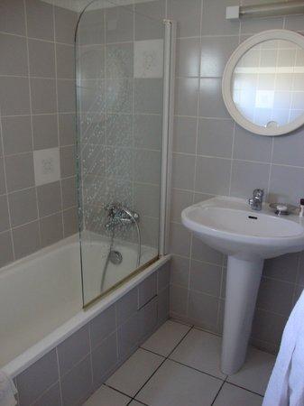 Motel Saint Michel : Salle de bains 2