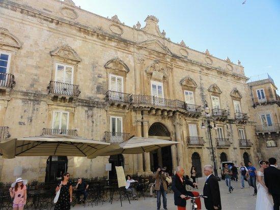 Antico Hotel Roma 1880: autour