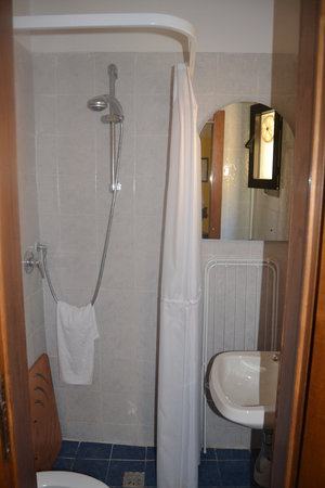 Guest House Bel Duomo: Double room bathroom