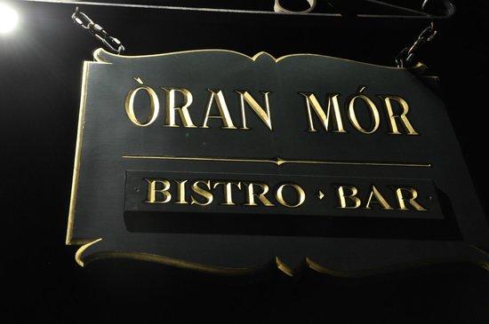 Oran Mor: Sign