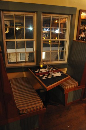Oran Mor: Table with view