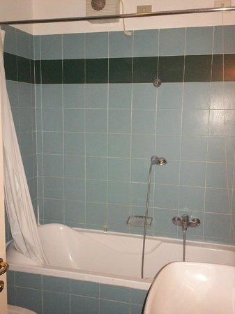 Hotel Clementi : bagno
