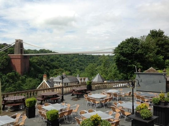 The Bridge Cafe @ The Avon Gorge Hotel: View from bridge cafe terrace