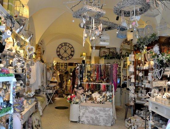 Galadriel Store