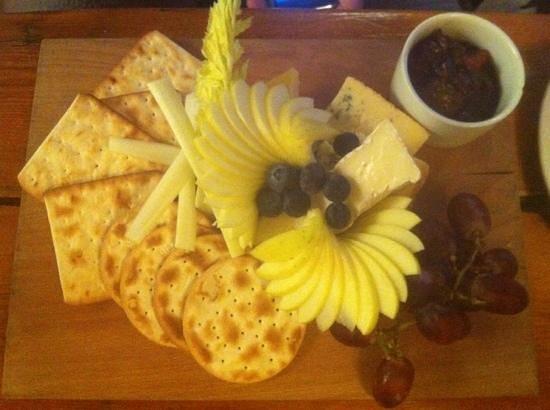 The Kicking Donkey: cheese board!  really lovely.
