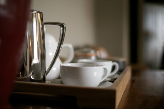 Methuen Arms Hotel: Fresh Ground Coffee in all Rooms