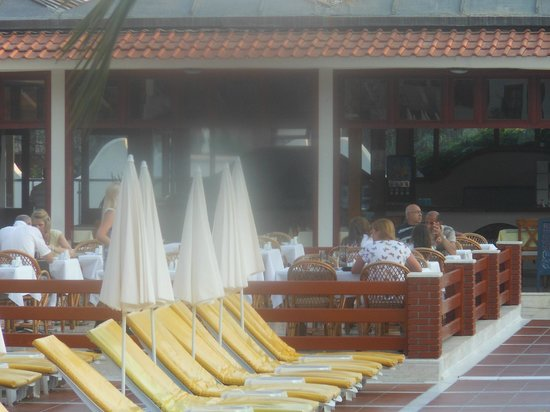 Alize Hotel: Outside Seating