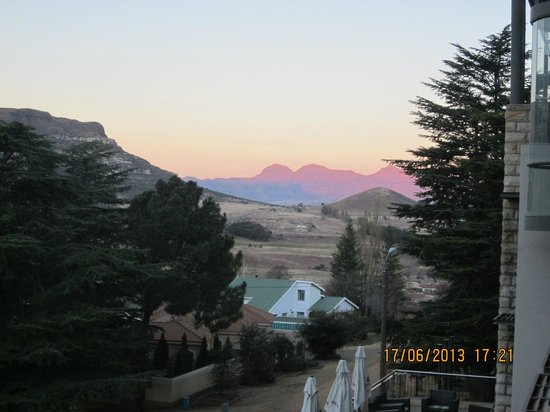 Protea Hotel Clarens: View from our room!!!