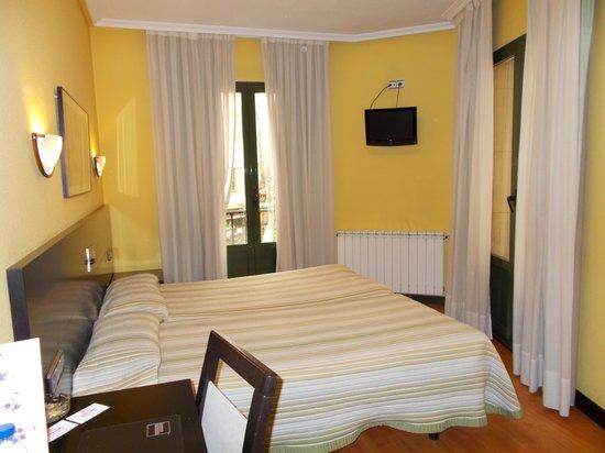 Santa Clara: The bedroom