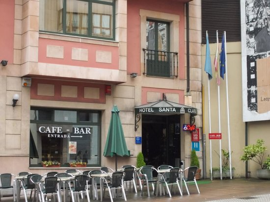Santa Clara: Cafe terrace of hotel