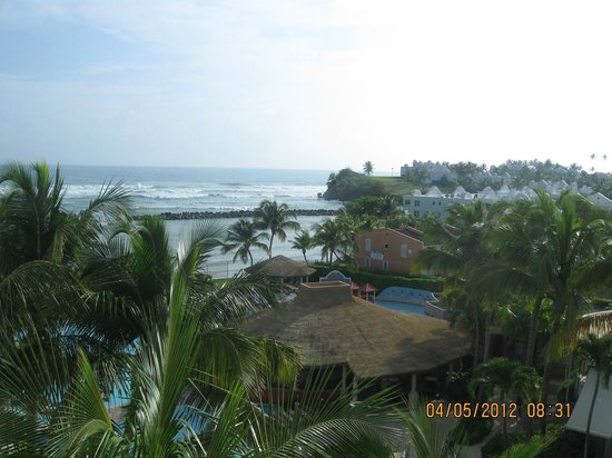 Golden Sands Villas: View from Room