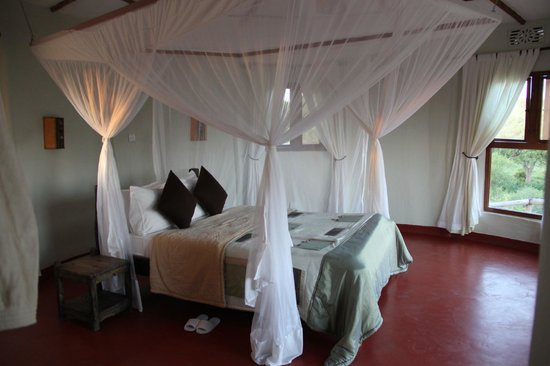 Osupuko Lodge: Our lovely bedroom