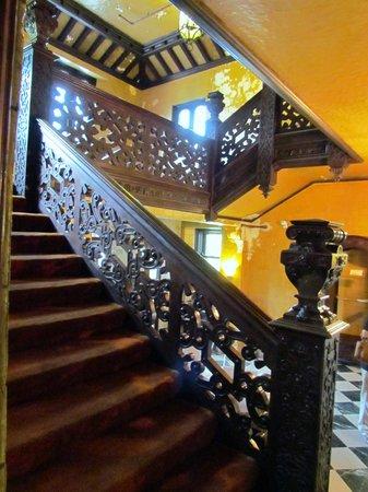 Mayslake Peabody Estate: stairway