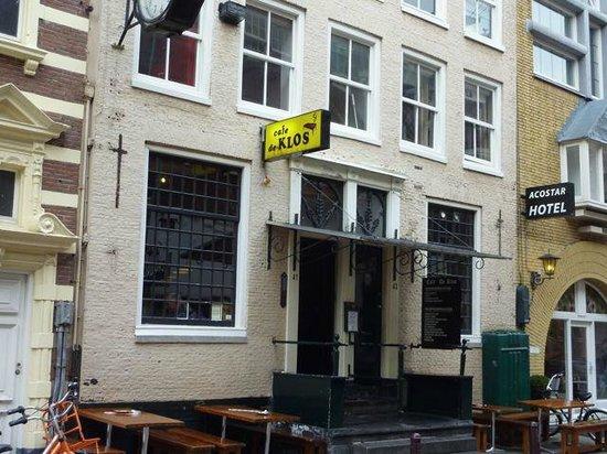 Cafe de Klos : Outside