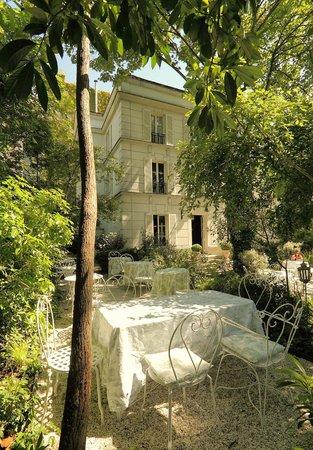 Hotel Particulier Montmartre : Jardin