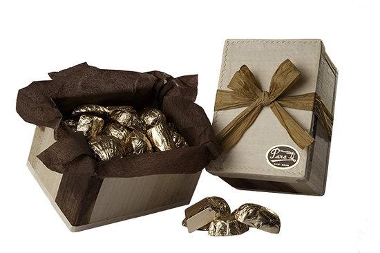 Para Ti Chocolates: Caja ecológica con 350 gr. de chocolates surtidos