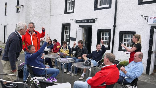 Edinburgh Bike Tours: Coffee at Crammond