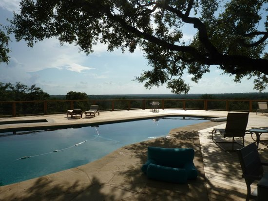 Sage Hill Inn & Spa: Pool....very nice.....shade ....great view