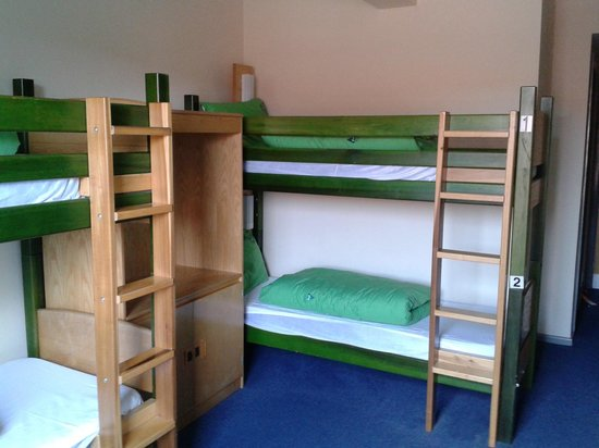 YHA London St Pancras: 4 bed dorm
