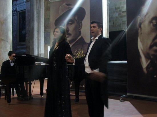 Puccini e la sua Lucca International Permanent Festival : Puccini und Verdi Konzert in der Kirche San Giovanni