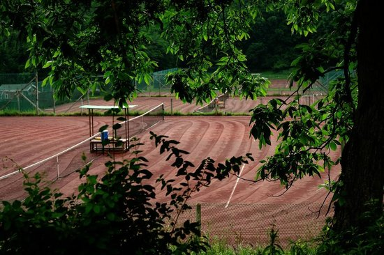 Total Tennis: The clay courts in their beautiful settings