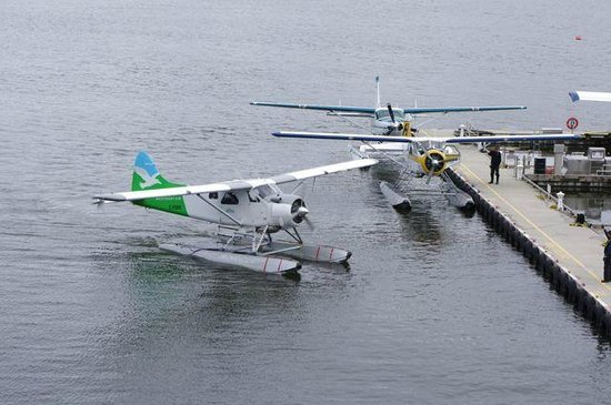 Pan Pacific Vancouver: Sea Planes (Float Planes)
