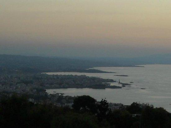 Monte Vardia: vista dalla terrazza all'ultimo piano