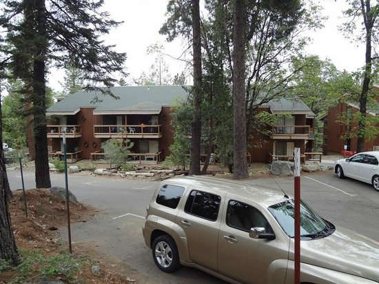 Yosemites Four Seasons: Looks pretty nice from the outside
