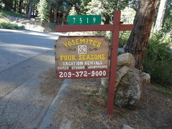Yosemites Four Seasons: Look!  We're staying at the Four Seasons!