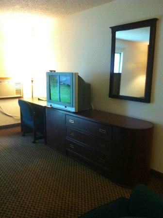 Cedars Inn Enumclaw: King Suite