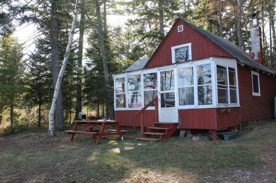 Spencer Pond Camps: Lunkers Lodge again