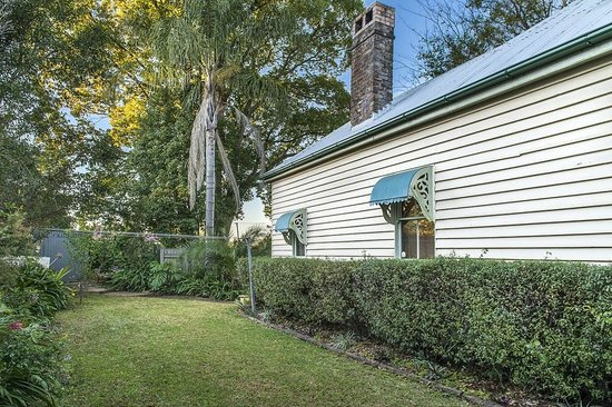 Banksia Cottage : Pet Friendly Back Yard