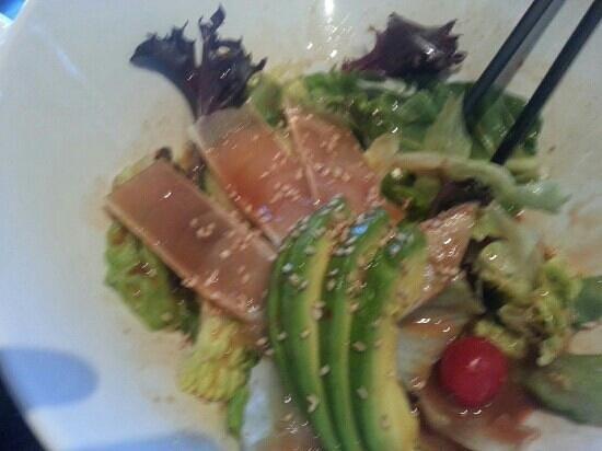 Hana Japanese Steakhouse and Sushi Bar: Italian albacore salad