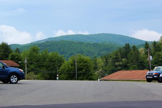 La Quinta Inn & Suites Boone: The best view is from the parking lot