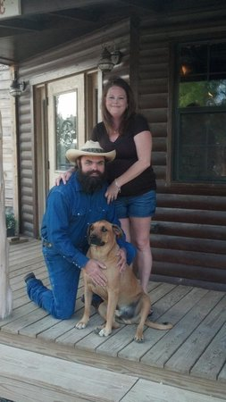 The Hideaway Ranch & Retreat : Guests with Rosco