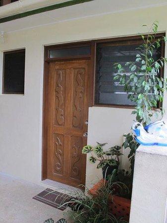 Hibiscus Attraction Center: External door to room