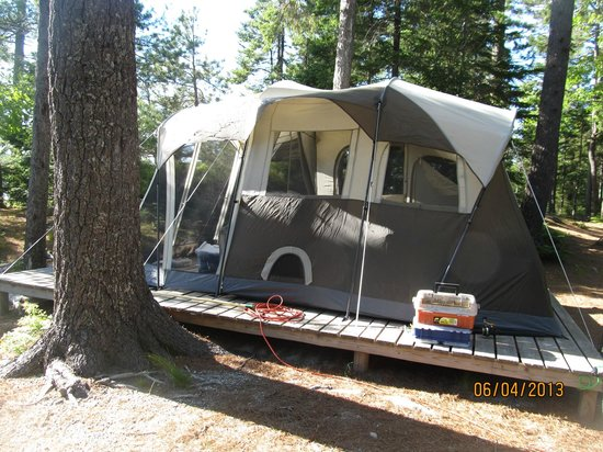 Mount Desert Campground: our tent on platform